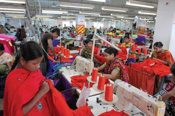 Stretching garment sourcing | AJOT COM