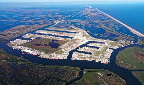 The southernmost Louisiana port, Port Fourchon provides an expansive base of operations for companies engaged in Gulf of Mexico deepwater oil production.