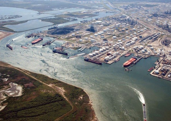 The privately owned Port of Texas City continues to be a center for movement of liquid bulk cargos via tanker ships and oceangoing barges, as well as by rail.