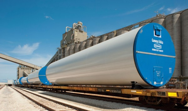 Moves of wind energy components continue to highlight cargo activity at the Port of Galveston.