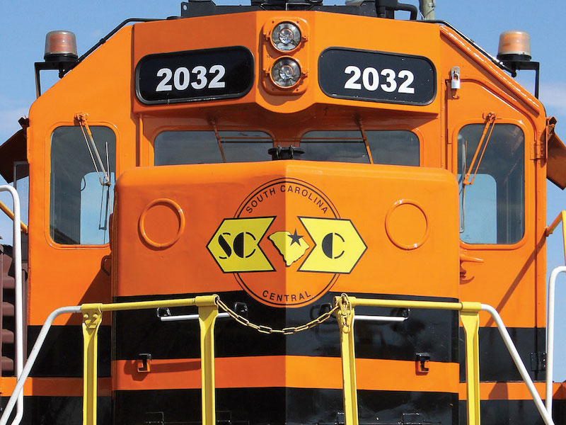 G&W's Rail Link division provides coal loading services, mine site trains as well as switching, locomotive and rail car inspections.