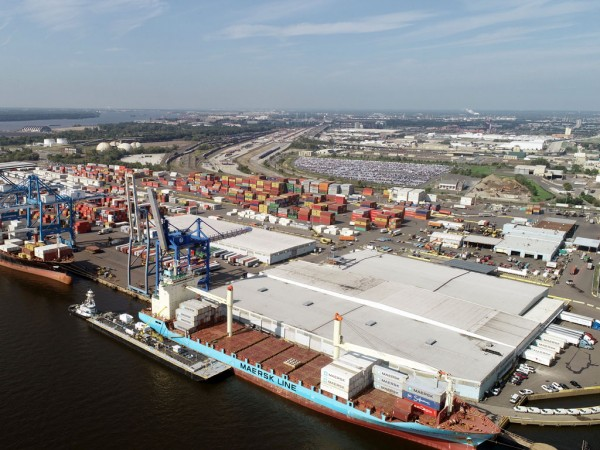 PhilaPort's primary container-handling facility, Packer Avenue Marine Terminal, anticipates further increases in activity following completion of deepening of the Delaware River shipping channel. (Aerial photo by Old Skillz Graphics)