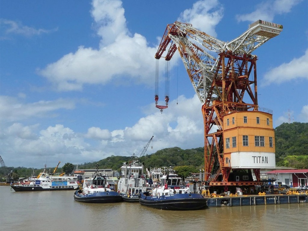 The Panama Canal's Titan crane in operation.