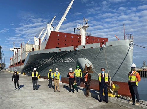 The Del Monte Valiant arrives at the Port of Hueneme