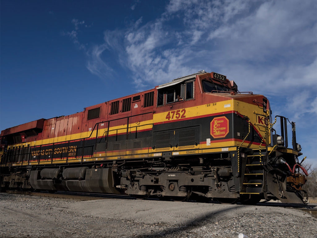 Canadian Pacific gives Kansas City Southern deadline on merger deal