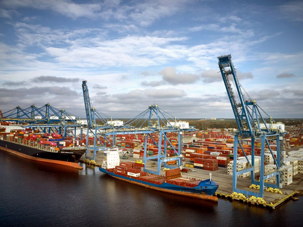 North Carolina's Port of Wilmington offers 2,600 feet of contiguous berth space, allowing for simultaneous efficient working of multiple ultralarge containerships.