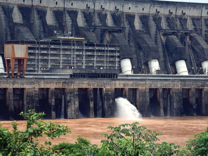 As Brazil's dams run dry, it needs more than green energy to thrive