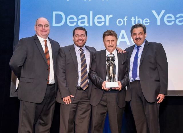 Refrigeración Especializada para el Transporte de Occidente S.A. de C.V. (RETO) of Guadalajara, Mexico, was named Dealer of the Year – Latin America. Shown from left are: Tom Ondo, vice president and general manager, Truck/Trailer/Rail Americas, Carrier Transicold; Alejandro Genera, sales director, Latin America, Carrier Transicold; Rubén Almaráz, general manager, RETO; and Jesús Estrada, region director, Mexico and Latin America, Carrier Transicold.