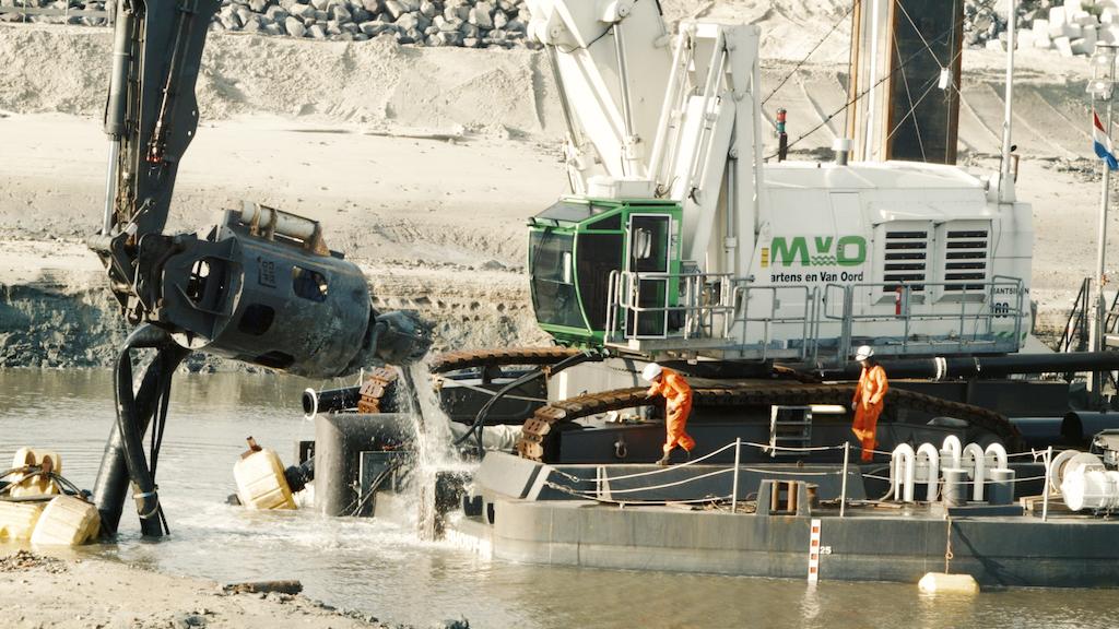 Damen DOP dredge pump used in hazardous project   AJOT COM