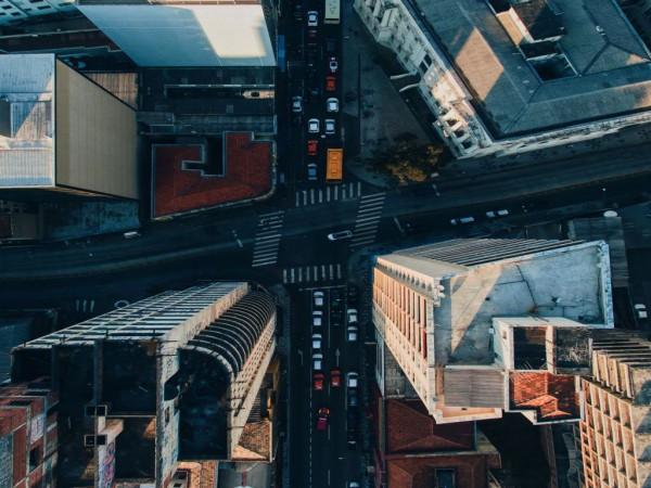 Drones may soon be buzzing between buildings en masse.