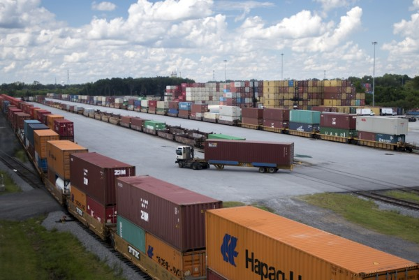 When complete, GPA's Mega Rail Terminal will double rail lift capacity to 1 million containers per year, reach new markets and reduce impact on the local community. (Georgia Ports Authority / Stephen B. Morton)