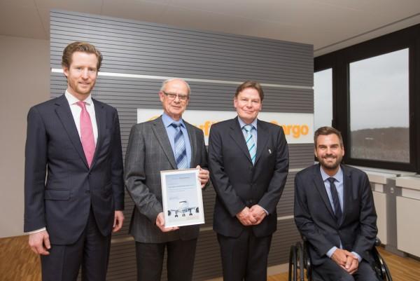 From left to right: Dr Alexis von Hoensbroech, Board Member Product & Sales at Lufthansa Cargo; Hartmut Bollinger and Herr Kay Bollinger, Management of Grüne Radler; Markus Fischer, Head of RFS Management at Lufthansa Cargo