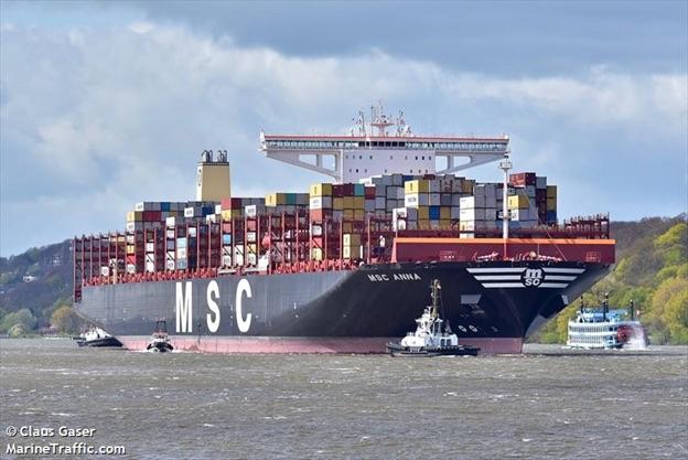 MSC Anna heading into Port of Oakland