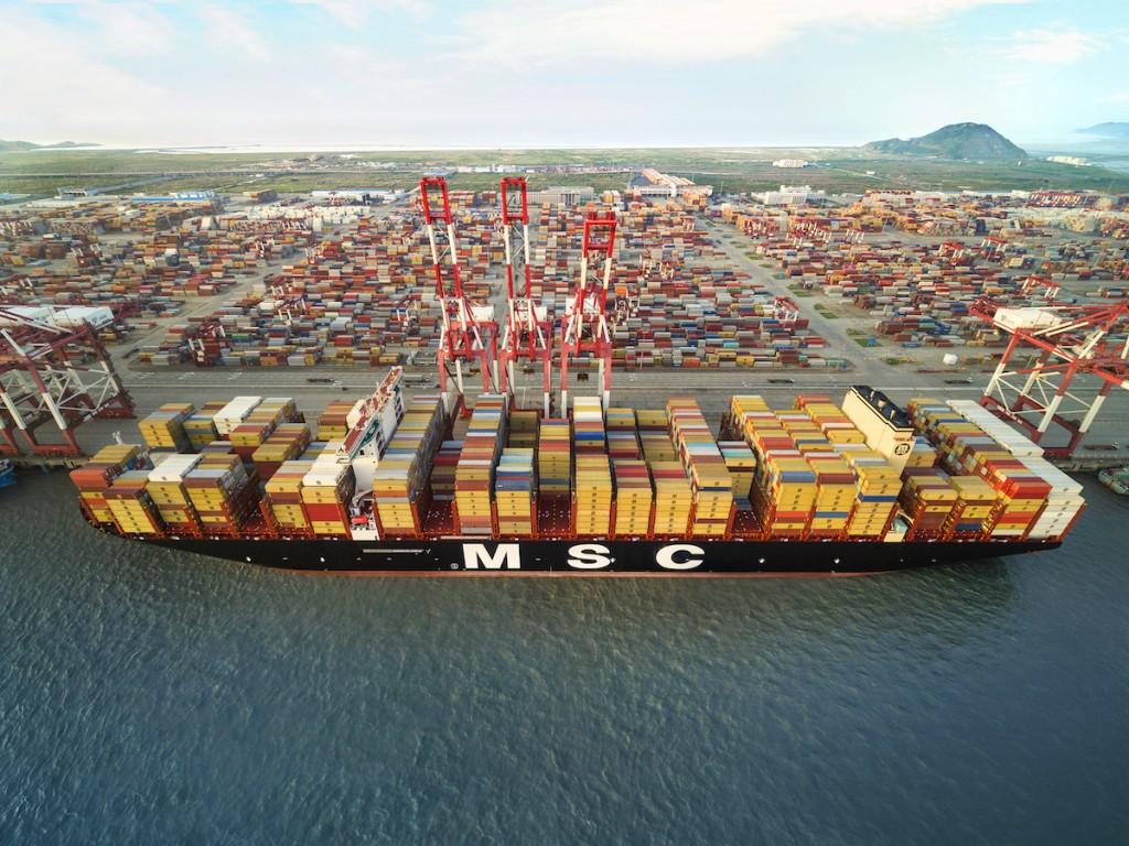 MSC Guilsun at port