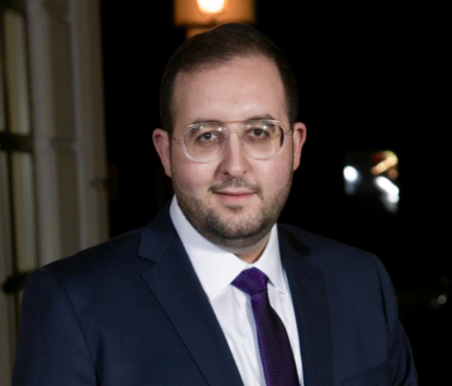 Michael Einhorn, President and CEO of Dealmed