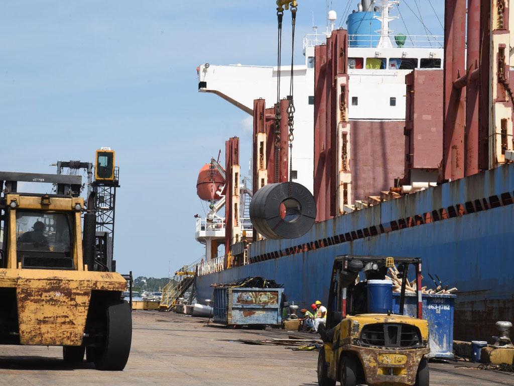 Port NOLA breakbulk vessel operations resumed at Coastal Cargo with the MV Ishizuchi Star, discharging steel at the Louisiana Avenue Complex. Photo courtesy of Port NOLA