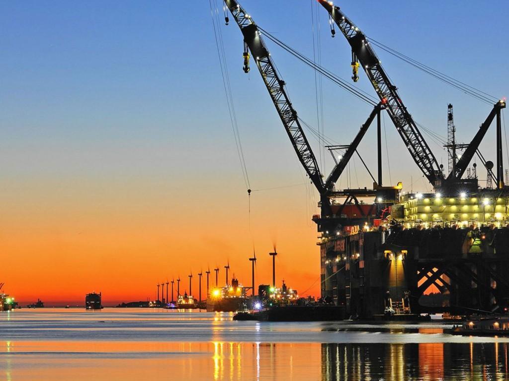 Port of Rotterdam Shore Power Oil Rig at Europort