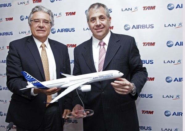 Rafael Alonso, President Airbus Latin America, Roberto Alvo, COO LATAM Airlines Group