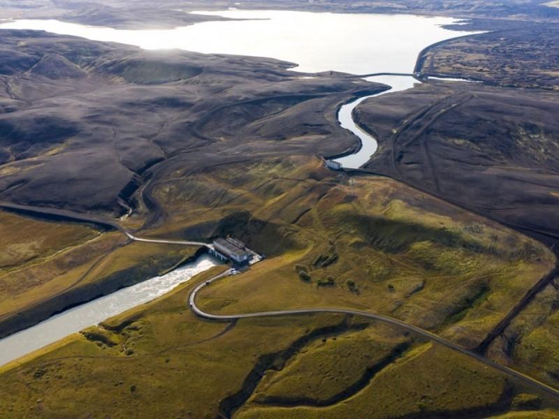 https://www.ajot.com/images/uploads/article/Hrauneyjafoss--Iceland.jpg