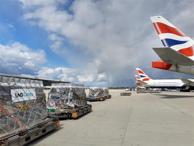 https://www.ajot.com/images/uploads/article/iag-british-airways-India-flight.jpg