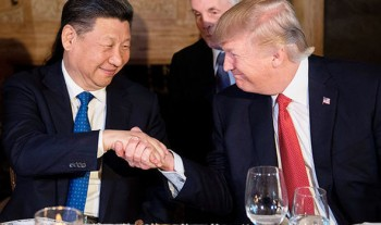 Donald-Trump-Xi-Jinping-handshake-Florid