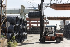 China looks to more export tariffs to tame booming steel sector