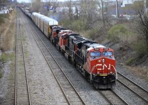 Singer's Elliott owns CN Rail stake, will push for change