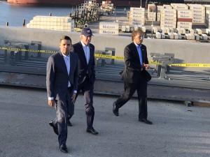 President Biden, port leaders, ILWU meet on extended gate hours