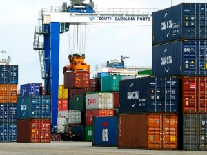 Port of Charleston advancing efforts to accommodate still-bigger boxships