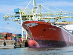 Canada-EU free trade agreement boosts maritime cargo