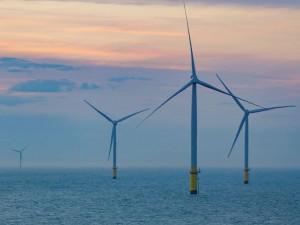 https://www.ajot.com/images/uploads/article/718-siemens-gamesa-orsted-wind-turbines.jpg