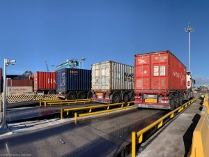 APM Terminals Valencia expands VGM service with three new container weighbridges