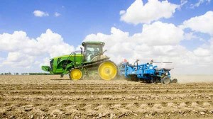https://www.ajot.com/images/uploads/article/DF-crop-20170412-drone-planting-soybeans-055.jpg