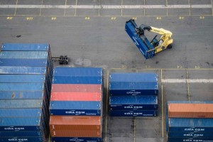 New Jersey allocates funding toward further electrification at the Port of  NY and NJ