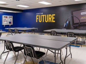 Penske Truck Leasing dedicates classroom at Lincoln Tech's Columbia, Maryland, campus