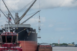 Port of New Orleans and Port of Caddo-Bossier work together to move cargo on the Mississippi River