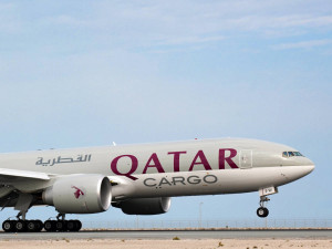 Qatar Air ready to buy Boeing, Airbus freighters, urges launch