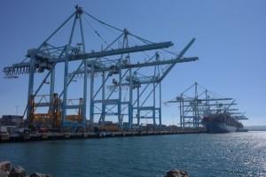 https://www.ajot.com/images/uploads/article/Ship-to-shore_cranes-port-los-angeles.jpg