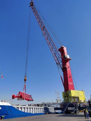 Italian terminal operator orders two Konecranes Gottwald Mobile Harbor Cranes to keep pace with material handling demand