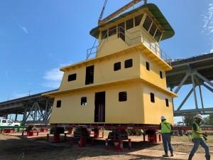 Berard Utilizes HT300 from Hydra-Slide Fleet for Riverside Cabin Project