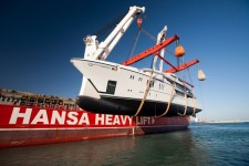 Hansa Heavy Lift safely launches 900 metric ton megayacht for its world premiere in Turkey
