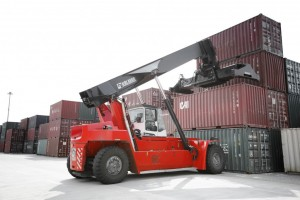 Kalmar and TLC Vostochny continue long-term collaboration with new Essential Reachstacker order for intermodal operations