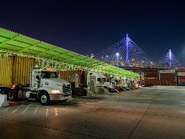 Port of Long Beach Pier T Terminal begins pilot program for 24-hour cargo pickup