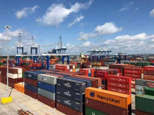 Konecranes hybrid RTGs to South Carolina Ports Authority