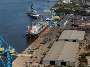 South Jersey Port wins $6.6 millon to expand electric cargo fleet