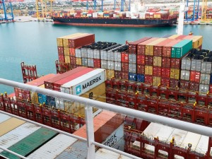 The Port of València moves 479,171 containers in April and sets monthly and year-on-year records