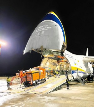Antonov Airlines transports drilling machines across Africa