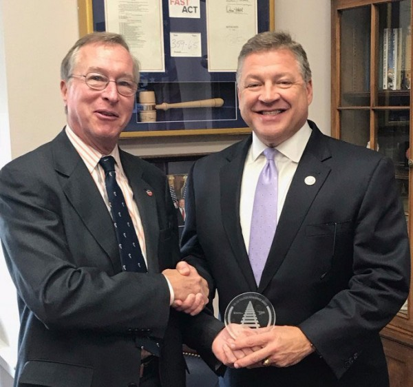 The Railroad Achievement Award is given periodically to members of Congress who have shown leadership on policies that help ensure the vitality of railroads in the United States. Past winners include Senator John Thune (R-S.D.), Chairman of the Commerce Committee, Bill Nelson (D-Fla.), Ranking Member of the Commerce Committee, and Chairman Shuster's counterpart on the T&I Committee, Ranking Member Peter DeFazio (D-Ore.). The AAR and GoRail plan to give the award to several new lawmakers in 2018.