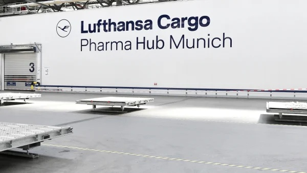 Pharma centers in Munich and Chicago add to global CEIV Pharma-certified transport portfolio