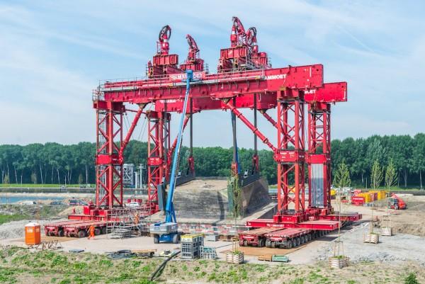 Transport of the Bunker Schalkwijkse Wetering